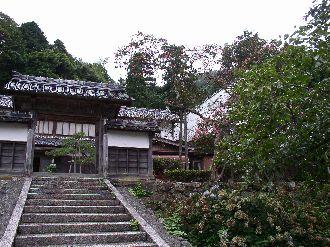 http://www.digistats.net/image/2004_8/mtk1.jpg