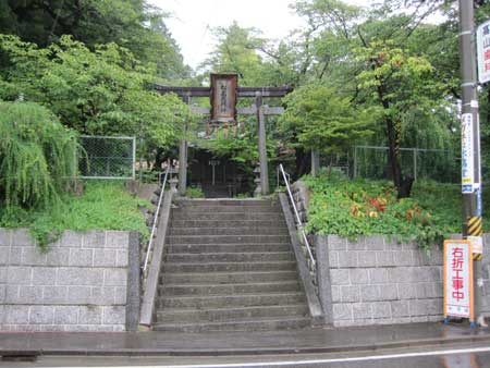http://www.digistats.net/image/2010/09/nakano_01.jpg